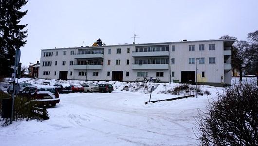 Storgatan 28, 30, 32, från gården, 2016