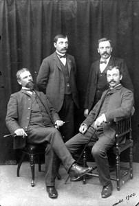 Bröderna Hellberg 1900
