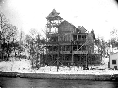 Höglundska villan under byggnad ca 1900