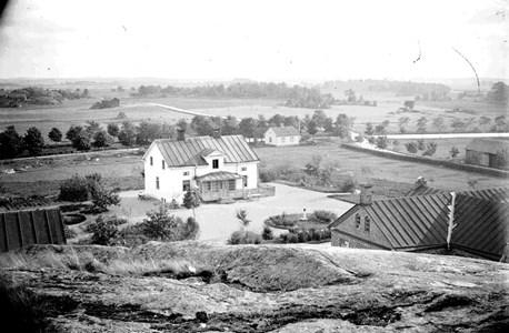 Säby gård  och kanalen