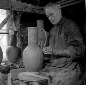 Albert Landin på Torshälla Stenkärlsfabrik 1946
