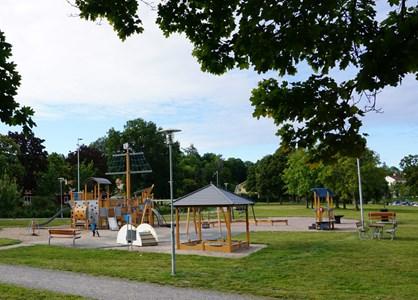 Lekplatsen i Krusgårdsparken 2016