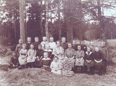 Svalsbols skola 1922_23.JPG