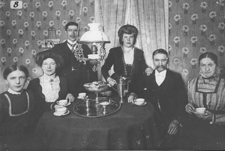 Nils Månsson med familj