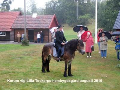 Staffan Örneskans till häst
