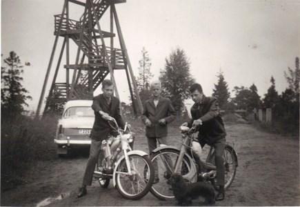 1964 Kent Hammar och Börje Fahlström vid utsiktstornet
