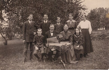 Lybby 1910-Talet Anders Emil Andersson med familj