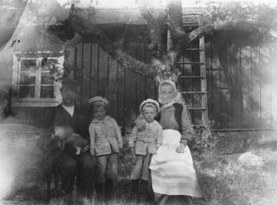 Emil, Harry, Harald och Elsa Eriksson, Bratthällen