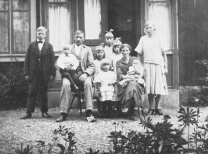 Fam David Karlsson, Hägeråsen