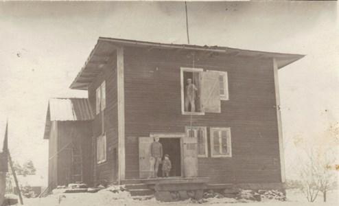 Kvarnen vid Anneborg, Aronsberg i bakgrunden