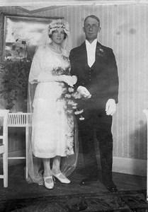 Kungsvallby Gunnar o Ester Johansson 1922.jpg