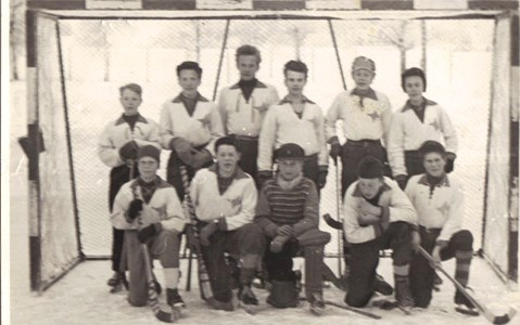 Elever f  1942-43  Bandyturnering i Askersund  1956