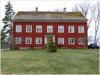 Prästgården 2013.jpg