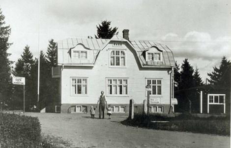 Smålandsstenar Emil Svenssons Café