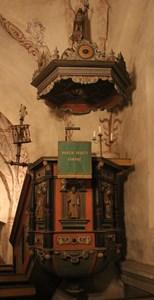 Halla kyrka interiör 6