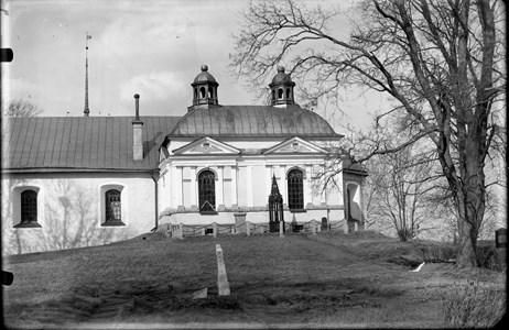 Husby kyrka
